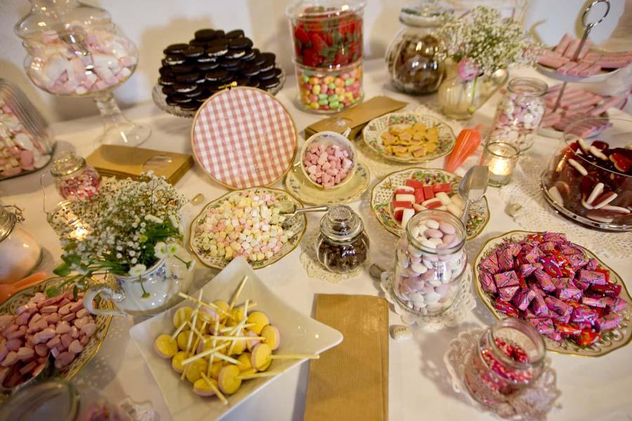 candybar oder sweet table beverland ihre hochzeitslocation im m nsterland. Black Bedroom Furniture Sets. Home Design Ideas